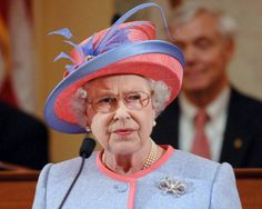 Queen Elizabeth II makes a speech at the State Capitol Building on the first day of her USA tour on May 3, 2007 in Richmond, VA