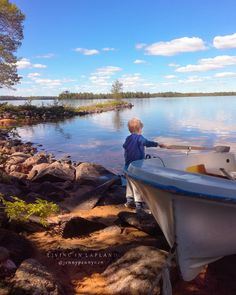 Finland 🇫🇮 THE LAND OF A THOUSAND LAKES 💙 Welcome to my secret place 🤗 a place where my heart lives, on my island 💚 Travelling up north… Lapland Finland, Secret Places, Lakes, Travelling, Island, Heart, Nature, Instagram, Naturaleza