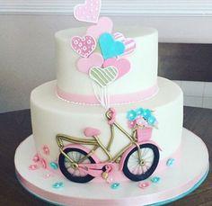 Torta bici Birthday Cake For Women Elegant, Birthday Cakes For Women, Birthday Cake Girls, Bicycle Cake, Bike Cakes, Cake Decorating Amazing, Ballerina Cakes, 60th Birthday Cakes, Beach Cakes