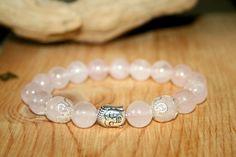 Stunning Irish Claddagh charm clear 10mm crackle glass bead bracelet gift
