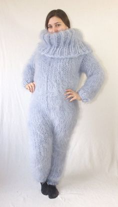 Mohair Catsuit turtleneck Jumpsuit 39 Colors fluffy super long hair mohair wool hand knitted chunky thick knit by Strickolino Catsuit, Mohair Yarn, Mohair Sweater, Turtleneck, Turtle Meme, Laine Chunky, Gros Pull Mohair, Pullover Outfit, Costume
