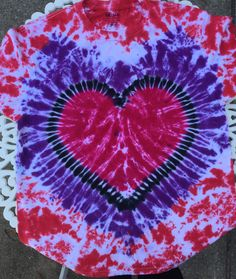 Diy Tie Dye Shirts, Tree Skirts, Kids Rugs, Trending Outfits, Holiday Decor, Unique Jewelry, Handmade Gifts, Vintage, Etsy