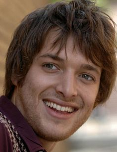 Paolo Nutini Paolo Nutini, Stud Muffin, Gorgeous Men, Persona, Movie Stars, Singing, Musicians, Muffins, Goodies