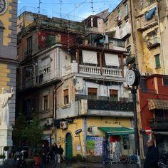 Cumulative architecture, Naples