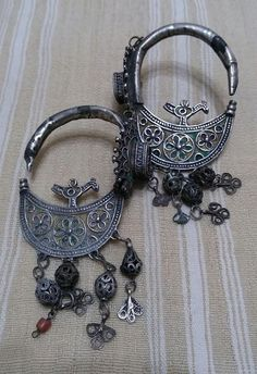 Very old Ait ouaouzguit Earrings/temporals from South central morocco