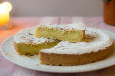 Torta della nonna betyder Bedstemors kage og er en af de klassiske desserter i hverdagsitalien.