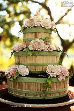 Country wedding cake. Find more like this at http://www.myweddingconcierge.com.au #weddings #weddingcake
