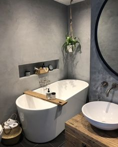 Best Small Bathroom Sink Design Ideas - Best Home Remodel Bathroom Spa, Bathroom Toilets, Bathroom Wall Decor, Bathroom Interior, Small Bathroom, Design Bathroom, Bad Inspiration, Bathroom Inspiration, Farmhouse Laundry Room