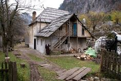 Image from http://www.localtravelmovement.com/wp-content/uploads/albania-Selimaj-guesthouse-Valbona.jpg.