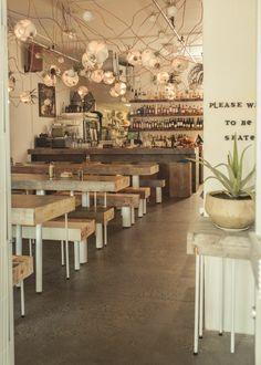 Restaurante. Mobiliario con personalidad propia. www.fustaiferro.com