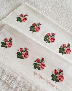 """683 Beğenme, 17 Yorum - Instagram'da Nigar Gültekin (@tasarimalinda): """"En sevdiğim... . . . . . #etamin #çarpıişi #kanaviçe #kanava #elyapımı #kişiyeözel #dmc #muline…"""" Cross Stitch Art, Cross Stitch Flowers, Cross Stitch Designs, Cross Stitching, Flower Patterns, Hand Embroidery, Elsa, My Favorite Things, Manicure"""