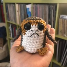 Free Amigurumi Star Wars Porg The breakout star from the new Star Wars movie, The Last Jedi , for me anyway, was the Porg. Everyone saw ...