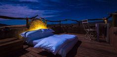 Dormir à la belle étoile. Sleeping under The stars  Little Kulala, Kulala Wilderness Reserve, Namibia #hotel #insolite