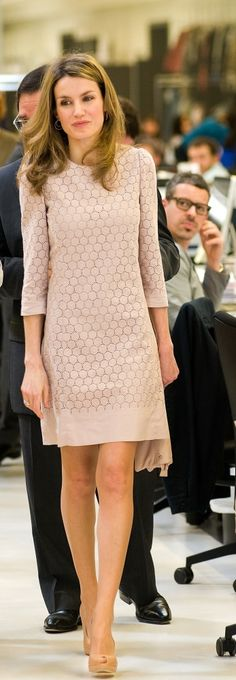 Queen Letizia's Style | short dress with pumps, 3/4 sleeves again. Texture, but gauzy/light and overall color solid/non-pattern