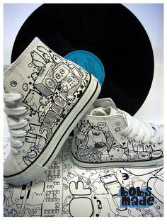 Bobsmade_shoes-JenAera by =Bobsmade on deviantART posca pen Custom Vans Shoes, Custom Painted Shoes, Painted Canvas Shoes, Hand Painted Shoes, Nike Custom, Sharpie Shoes, Creative Shoes, Sneaker Art, Shoe Art
