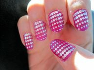 pink plate dots
