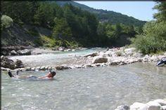 Camping Municipal de Justin à Die Drôme. Lijkt nogal massaal, op 5 min. lopen van stad en aan de Drôme.