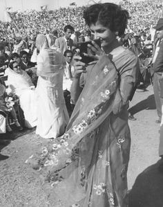 1958: The appointment of the current Aga Khan near Karachi | 29 Vintage Images That Show A Different Side Of Pakistani Life