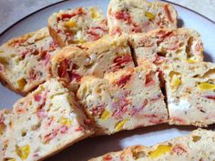 Cake au chèvre, poivron et chorizo