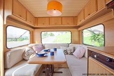 caravana-interior-madera.jpg (640×428)