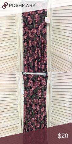 "NEW Rose Maxi Skirt LuLaRoe NEW Maxi Skirt LuLaRoe Muave, pink, green, roses Simply comfortable Polyester  Care: Machine wash cold Gentle cycle Hang dry  Measurements: Waist: 28"" Length: 44""  Item no. 6029-62 LuLaRoe Skirts Maxi"