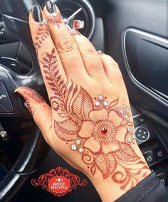 Henna Ideas, Henna Patterns, Mehndi Designs, Mehendi, Hand Henna, Hand Tattoos, Indian, Arm Tattoos, Mehandi Designs