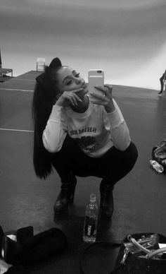Pinterest    MegStewart1231    ♡ Ariana Grande Selfie 546116b5a