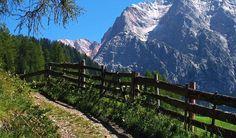 Escursione emozionante a La Valle, in fondo la cima nove