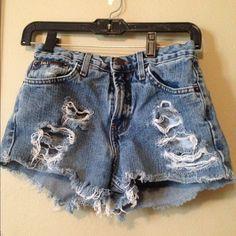 Distressed denim shorts Distressed Denim shorts size 5 lei Shorts Jean Shorts