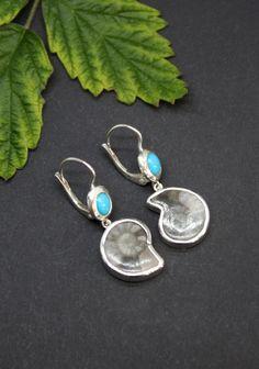Silberner Ohrschmuck mit Ammonit und Türkis Gold, Drop Earrings, Jewelry, Fashion, Ear Jewelry, Gems, Silver, Moda, Jewels