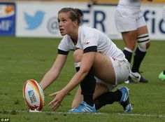 Can Emily Scarratt do a Jonny Wilkinson and win the Women's Rugby World Cup? - http://rugbycollege.co.uk/rugby-news/can-emily-scarratt-do-a-jonny-wilkinson-and-win-the-womens-rugby-world-cup/