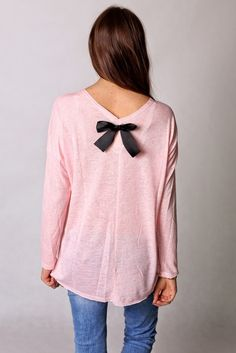 Airy pale pink blouse with a black bow :)