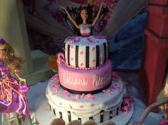 Resultado de imagem para decoração da festa de 12 anos da barbie  aniversário entrada