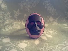 Black+over+Bright+Pink+Skull+Grimace+Cameo+by+Galaxygirlplaysdrums,+$5.50
