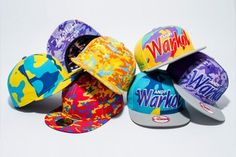 New Era and The Andy Warhol Foundation delivers a collection of snapback and fitted caps that features Warhol's psychedelic, twisted camouflage pattern. Blackpink Fashion, Urban Fashion, World Of Fashion, Fashion Shoes, Andy Warhol, Kid Shoes, Baby Shoes, New Era Cap, Fitted Caps