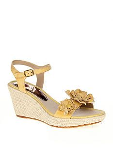 Bare Trap sandals, cute and comfy