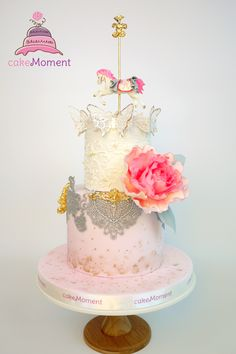 cakeMoment / cakeMomentHK / cakeMoment-wedding HK / Wedding cake HK / sugar flowers / elegant / contemporary / carousel cake For order enquiry, please email to cakemoment.enquiry@gmail.com
