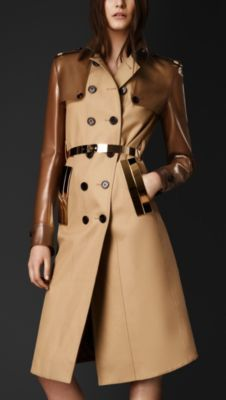 Trenchcoat from Burberry Prorsum Collection F/W 2013 Fashion Week 2018, Fashion Mode, Petite Fashion, Curvy Fashion, Style Fashion, Casual Chic Style, Look Chic, Burberry Trenchcoat, High Fashion