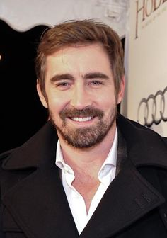Beautiful #LeePace attends the Toronto premiere of The Hobbit: The Battle of the Five Armies 12/6/14.
