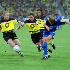 Juventus Fc, Zinedine Zidane, Uefa Champions League, Munich, Finals, Canvas Prints, Football, Baseball Cards, Borussia Dortmund