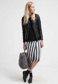 Damenmode & Damenschuhe bei Zalando.ch   Fashion Trends online kaufen