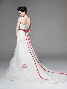 WOW!!!This is a wonderful wedding dress! Really beautiful! Amazing! Buy in lowest price here.>>> http://www.zhdresses.org/Lekker-Strapless-Lace-Wedding-Dress-with-Tulle-Hem-and-Contrasting-Sash-for-Sale-Online-p1129.html