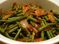 Adobong Sitaw is a vegetable dish composed of string beans cooked adobo style. As you might have noticed, almost all ingredients can be cooked using the famous adobo style - be it meat or vegetables. Healthy Vegetable Recipes, Healthy Vegetables, Easy Healthy Recipes, Healthy Food, Filipino Vegetable Recipes, Vegetarian Recipes, Filipino Recipes, Asian Recipes, Filipino Food