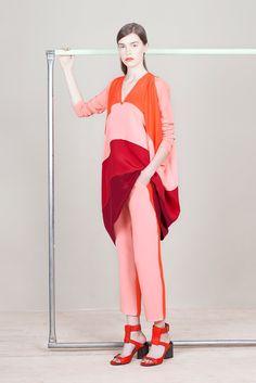 Zero + Maria Cornejo Resort 2015 Fashion Show - Eliza Hartmann