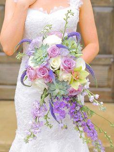 Süße lila Orchidee und Sukkulenten Bouquet für Ihre Hochzeit