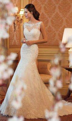 Mermaid lace wedding dress, More bling @Jess Pearl Pearl Pearl Pearl Liu Sosbee ?
