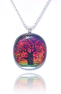 Dichroic Glass Dichroic Glass Jewelry, Glass Pendants, Fused Glass, Stained Glass, Jewelry Crafts, Jewelry Ideas, Tree Pendant, Crown Jewels, Bead Art