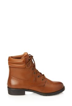 Faux Leather Hiking Booties #Boots.      Musssssstt have