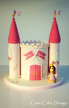 Pink princess castle cake for girl's birthday