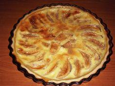 Tarta alsaciana cu mere Something Sweet, Sweet Desserts, Vegetarian, Beverages, Food, Pies, Drinks, Meal, Eten